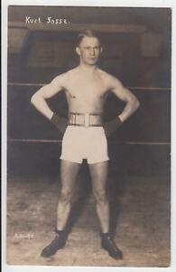 Boxer-Athlet-Sasse-halb-nackter-Mann-Male-semi-Nude-sporty-boy-Foto-um1930-Gay