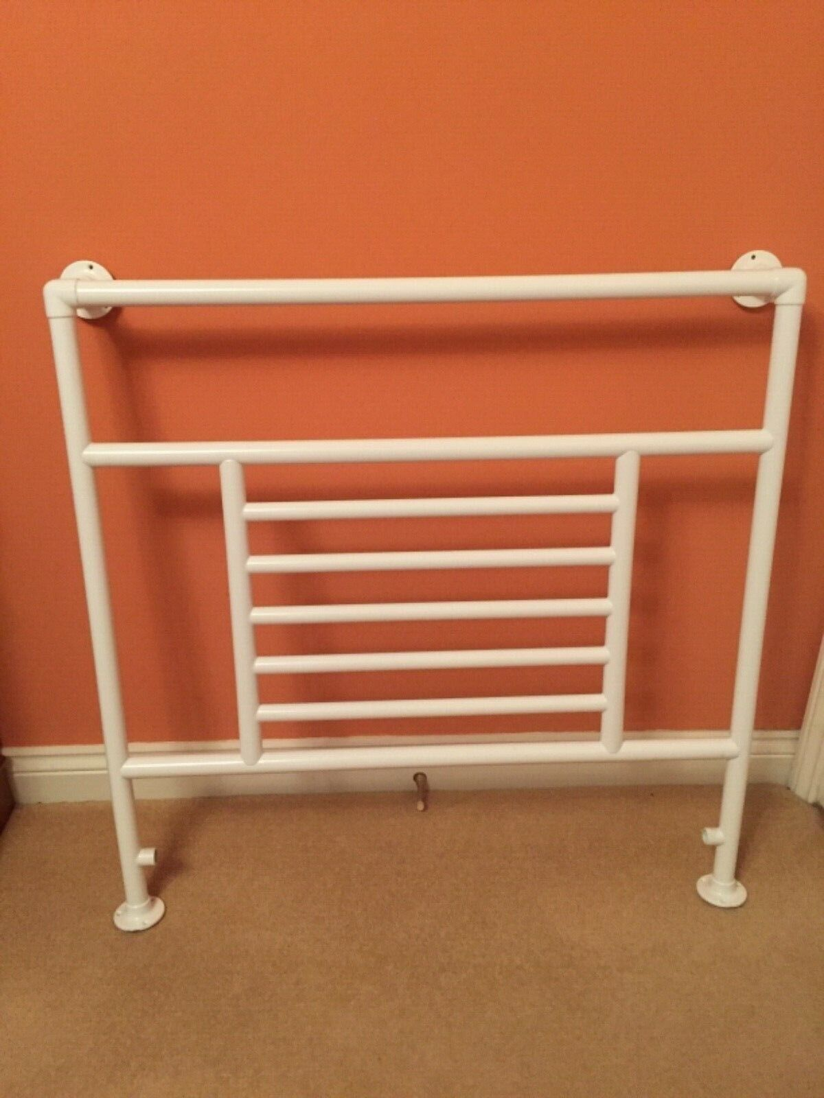 *HEATED BATHROOM TOWEL RAIL* WHITE (on brass/copper) made in UK *NEW* No reserve
