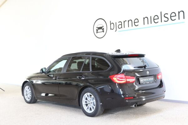 BMW 318d 2,0 Touring aut. - billede 2