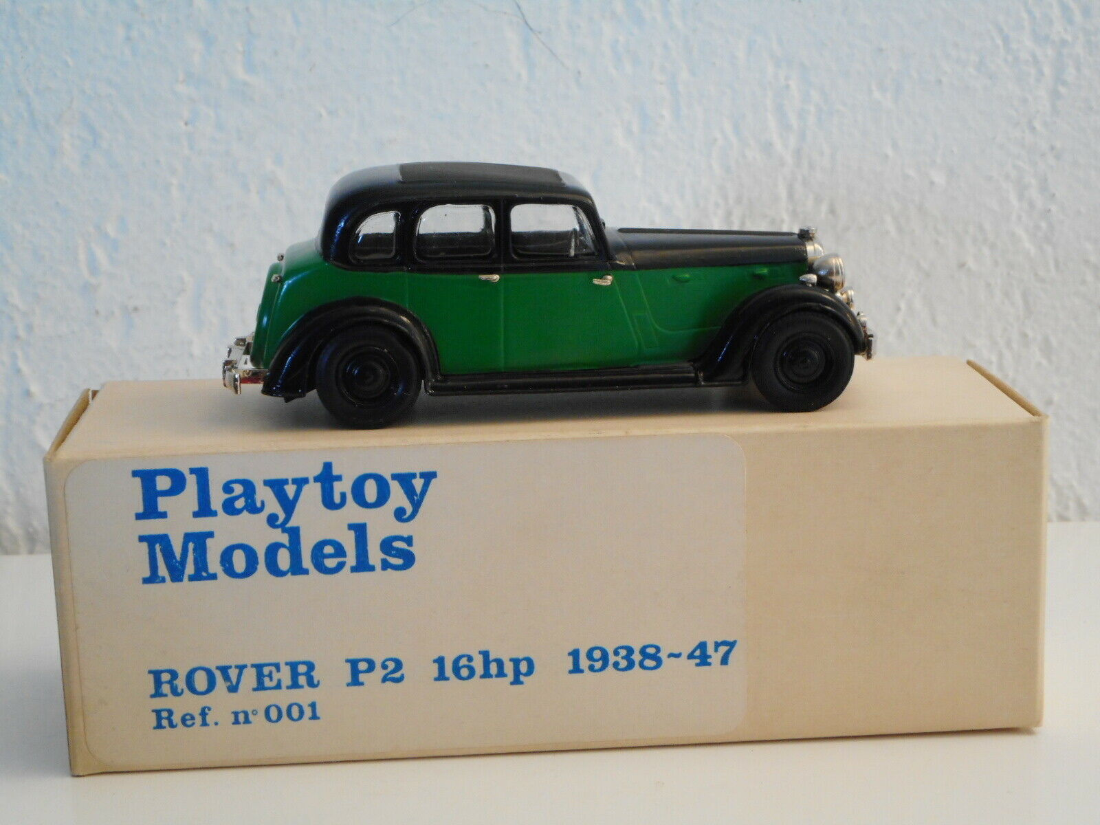 PLAYTOY models  WESTERN MODELS ROVER P2 16HP vintage Weiß métal  1 43
