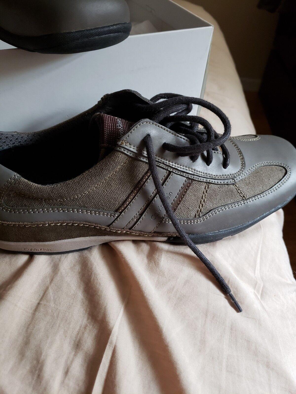 Calvin Klein 10  Uomo Casual Sneakers Größe 10 Klein New With Box 09651b