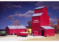 Walthers 933-3238 N Farmer's Co-op Rural Grain Elevator Building Kit on Sale