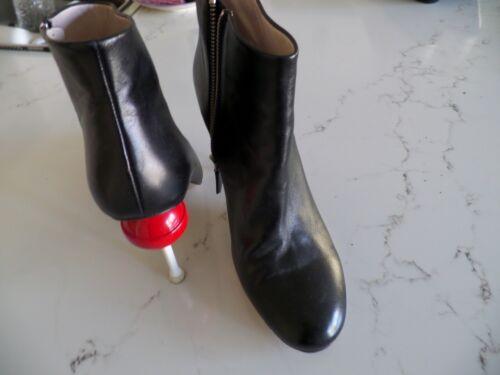 MINNA PARIKKA Victoria black leather booties w/red