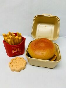 Fun-with-Food-McDonalds-Play-Food-Set-Fries-Big-Mac-Cookie-READ-DESCRIPTION