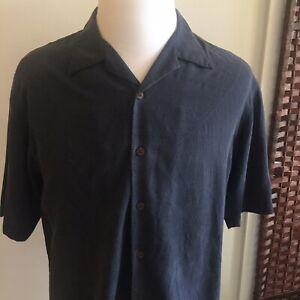 Tommy-Bahama-Men-039-s-Size-Medium-100-Silk-Button-Up-Blue-Short-Sleeve-Camp-Shirt