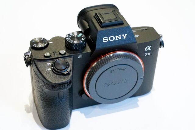 Sony Alpha 7 III ILCE-7M3 Gehäuse, schwarz a7 Mark III body black