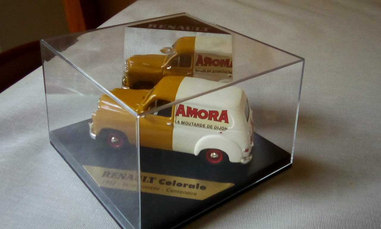 Renault runner 1952 amora numbered serie limited centenary new in box