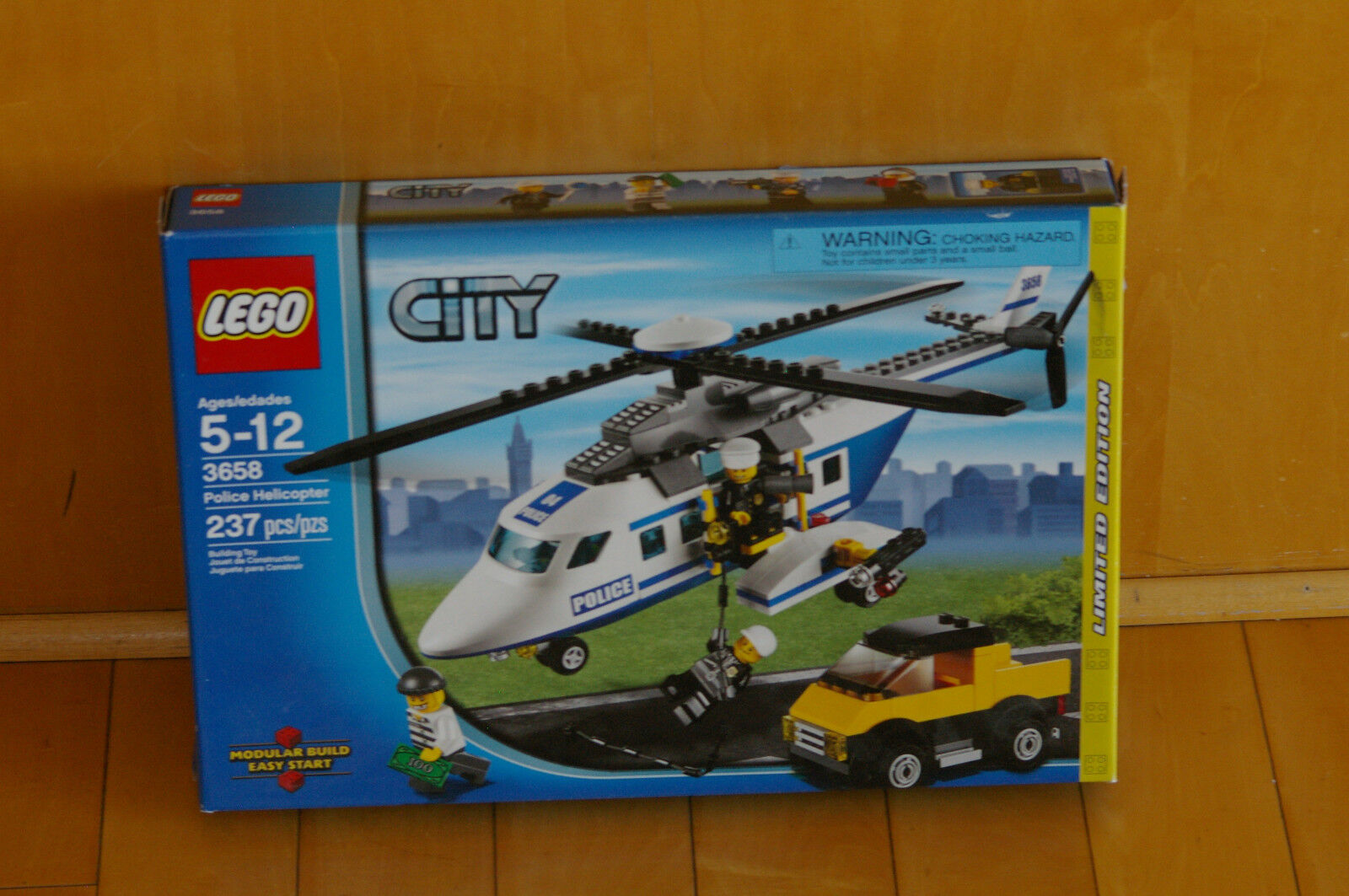 LEGO CITY 3658 - Police Helicopter - 100 % Complete