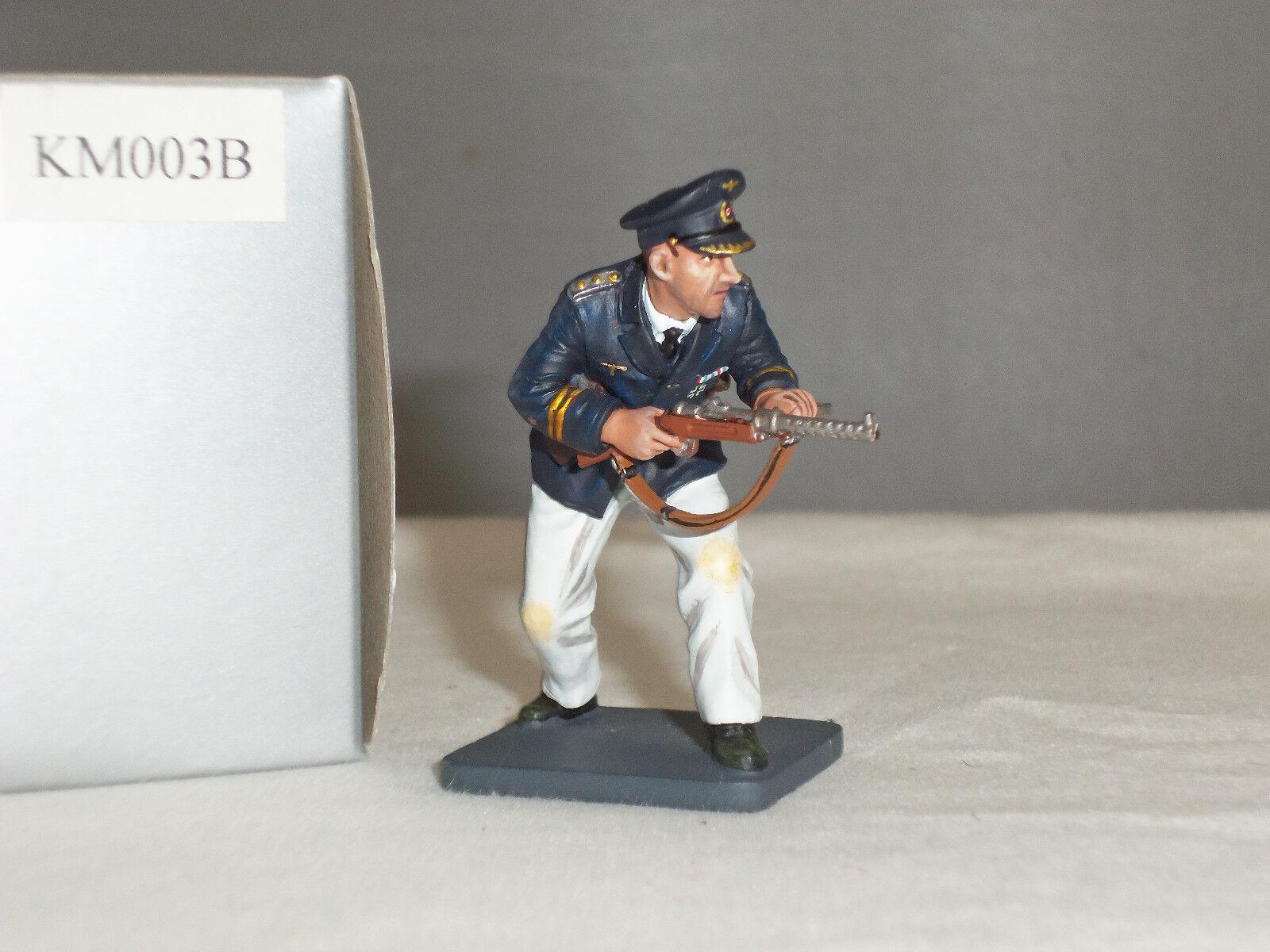 THOMAS GUNN KM003B GERMAN KRIEGSMARINE SAILOR OFFICER WITH GUN TOY SOLDIER