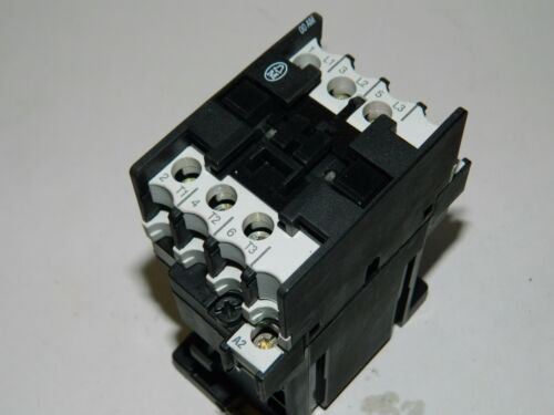 Moeller DIL00-AM 20A 3 polo 4 KW Contactor 24vdc Coil.