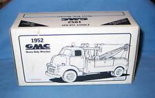 First Gear 1952 GMC SALES Heavy Duty Wrecker 1/34 scale #10-1035