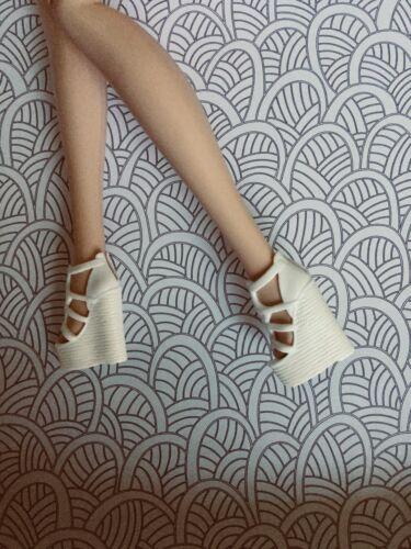 FR2 Barbie Fan Club Shoes BFC 2017 White Wedge Sandals Model Muse Silkstone