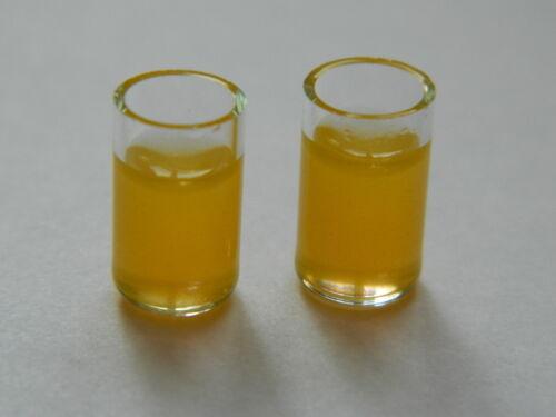 deux verres de jus d/'orange échelle 1//12th maison de poupées boire F3.21