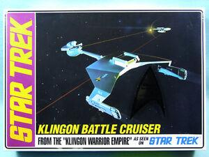AMT-1-650-Klingon-Battle-Cruiser-Collector-039-s-Tin-Model-Kit-699