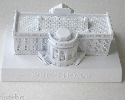 SOUVENIR METAL BUILDING WHITE HOUSE WHITE