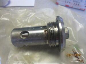 Isuzu-6HK1-Oil-Relief-valve-894393771