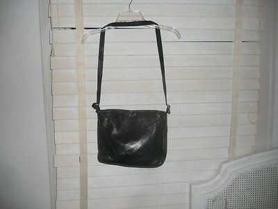 a229d6cd7d Authentic Vintage Bottega Veneta Blue Leather Crossbody Shoulderbag ...