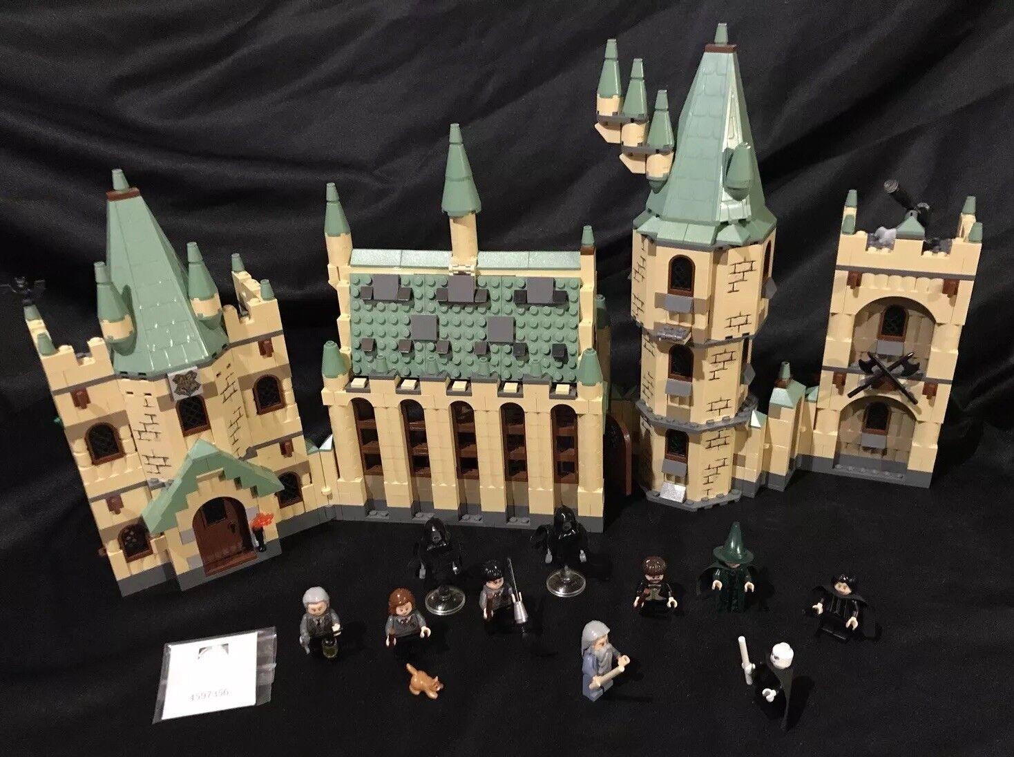 Lego Harry Potter Hogwarts Castle  4842  - Near Complete