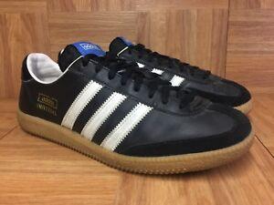 Vintage🔥 Adidas Universal Black Leather Gum Men s Indoor 9.5 Men s ... f356397e9