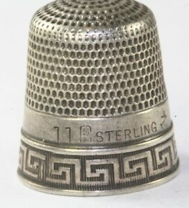 ANTIQUE GOLDSMITH & STERN STERLING SILVER GREEK KEY THIMBLE SIZE 11