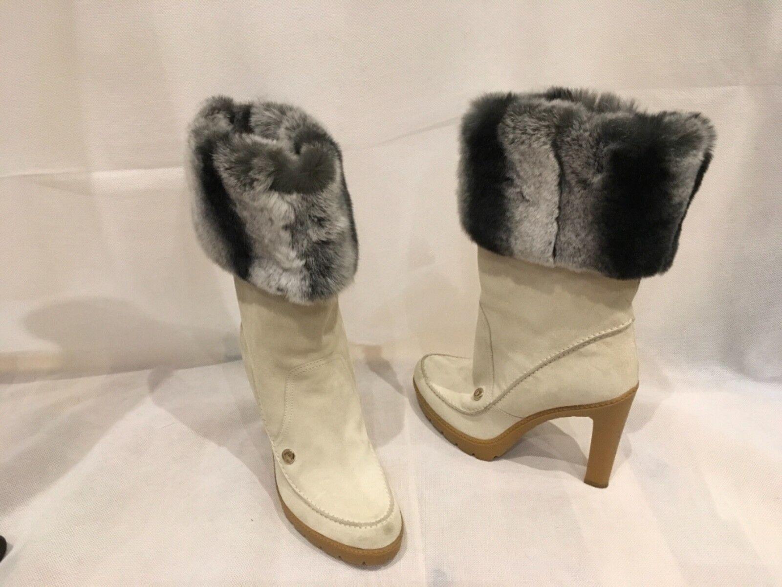 Christian Dior in pelle scamosciata color crema con STIVALI 39/UK6/US8 INVERNALI IN PELLICCIA MISURA 39/UK6/US8 STIVALI 6df6b3