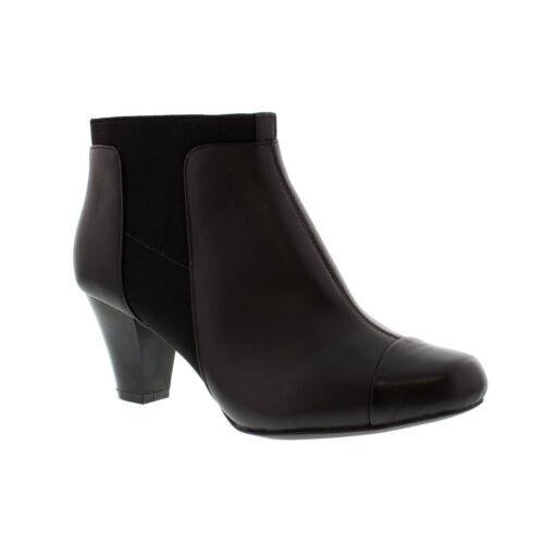 Clarks Ladies Lodge Gates Black Leather Boot  D Fitting LR