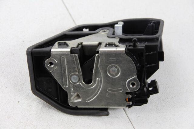 BMW E60 Serie 5 Puerta Trasera Izquierda Cerradura de Bloqueo Mecanismo 7036171