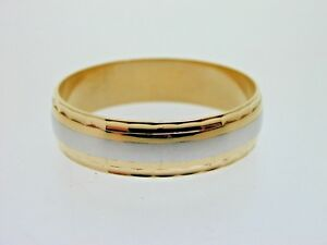 Wedding-Band-Ring-Size-V-18ct-Gold-and-Platinum-Millennium-Hallmark-4-Grams