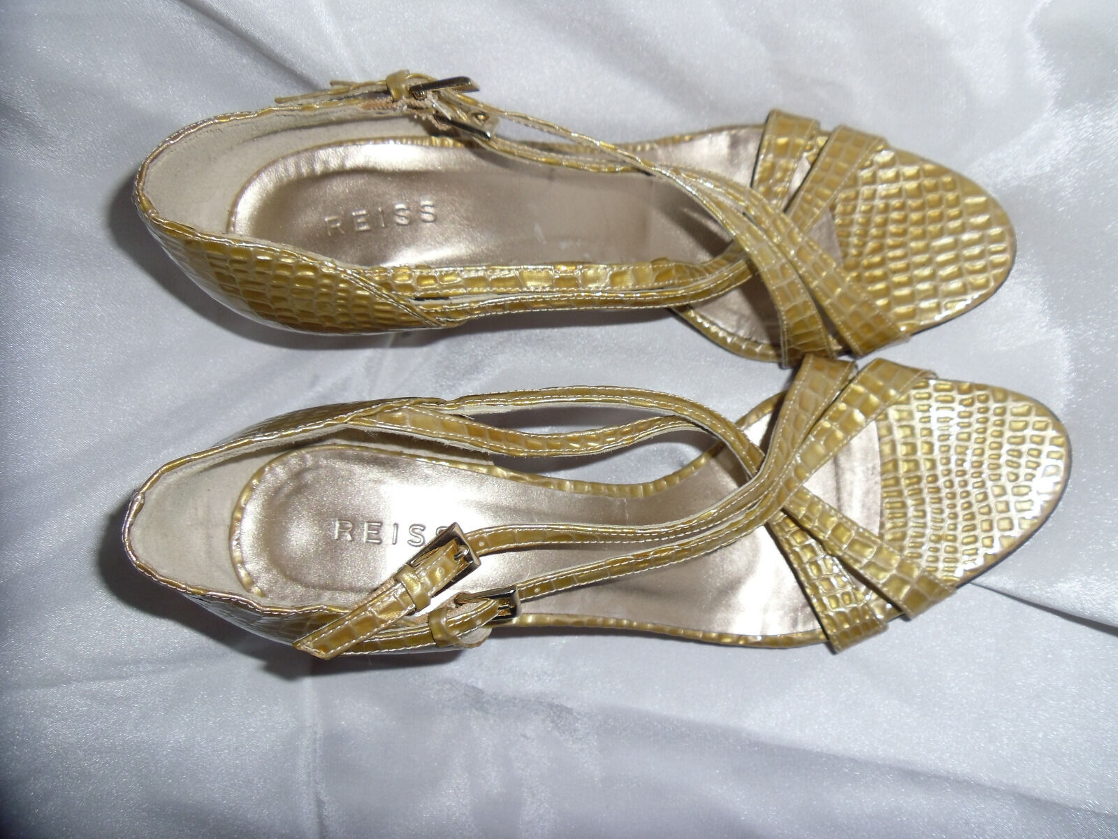 REISS REISS REISS WOMEN'S BEIGE PATENT LEATHER STRAP Schuhe SIZE UK 6 EU 39 VGC a01cb8