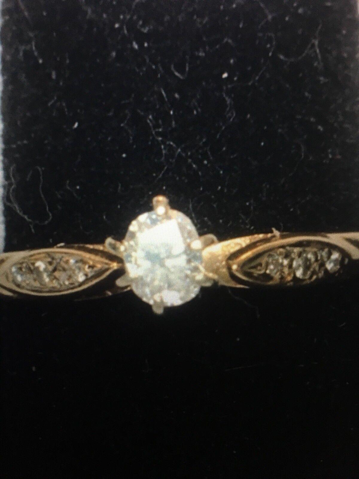 Beautiful .30tcw Cushion Cut Diamond Ring Solid 14k gold  L@@K