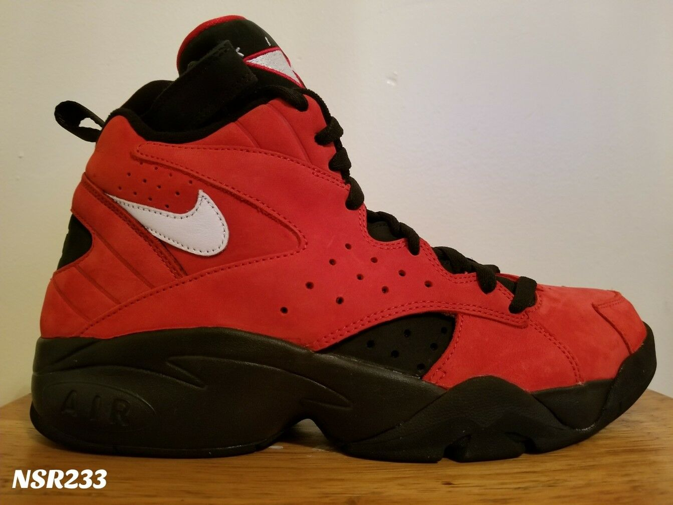 KITH X NIKE AIR MAESTRO II HIGH RED PIPPEN NKAH1069 600 Price reduction best-selling model of the brand