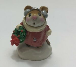 Wee-Forest-Folk-Retired-Holly-Mouse-ORIGINAL-from-1982-signed-by-Annette