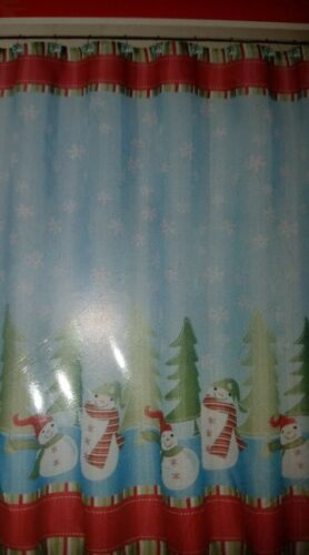 """12 HOOKS SNOWFLAKES XMAS TREES 70/"""" X 72/"""" HOLIDAY SNOWMAN GAMES SHOWER CURTAIN"""