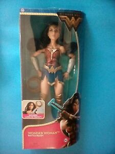 "DC Comics Wonder Woman Doll 12/"" With Lasso of Truth Battle Ready New"