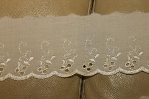 3 ivoire / crème broderie anglais Dentelle Couture Craft Bord trim 70 mm
