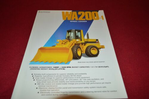 Komatsu WA200 Wheel Loader Dealer/'s Brochure DCPA4