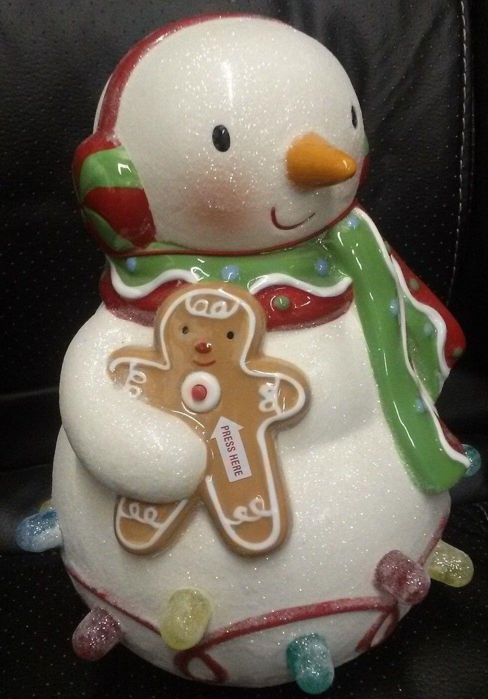 2010 Hallmark Keepsake Ornament Season/'s Treatings #2 in Series New