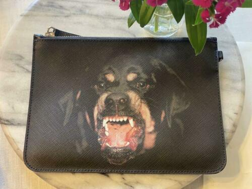 GIVENCHY  Givenchy GIVENCHY dog pouch No.4800