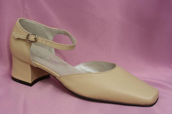 Real Leather Bridal Shoes Ladies Shoes Cream Beige Court Shoes, Block Heel 4,5 cm size 38
