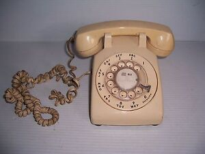 Vintage-Bell-System-Western-Electric-Phone-Beige-Rotary-Telephone