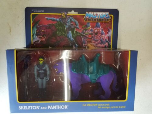 Super 7 Masters of the Universe squelettor et panthor Reaction Figure