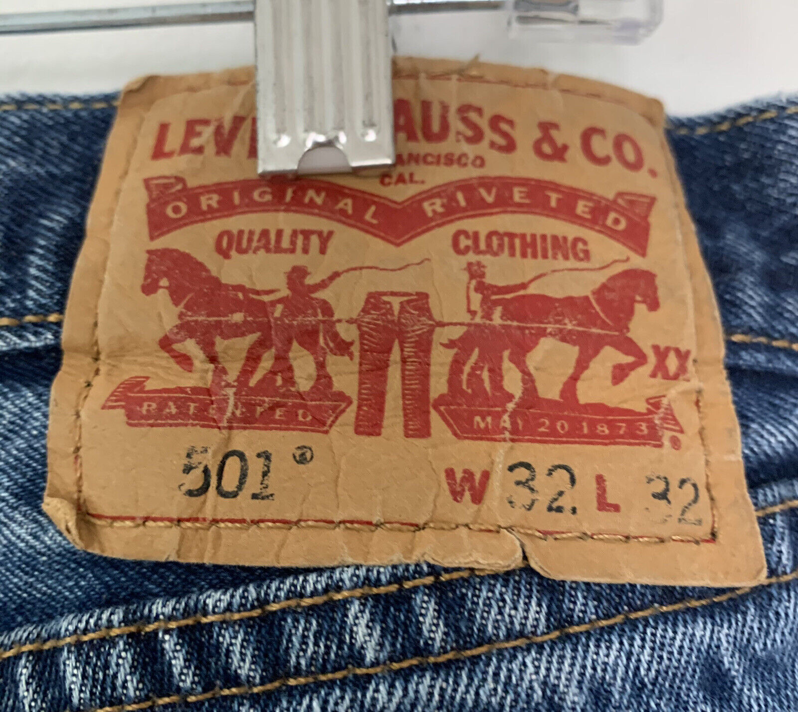 Vintage Levi's 501 Button Fly Distressed Jeans Me… - image 7