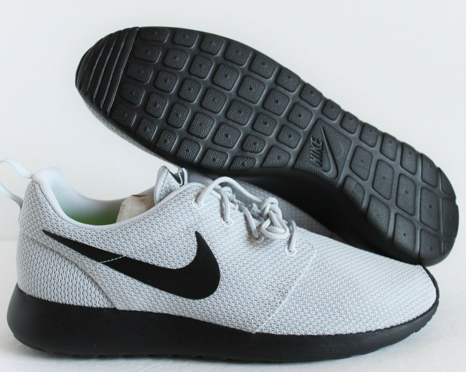 NIKE MEN  ROSHERUN ID GREY-BLACK  SZ 10 [855901-907]