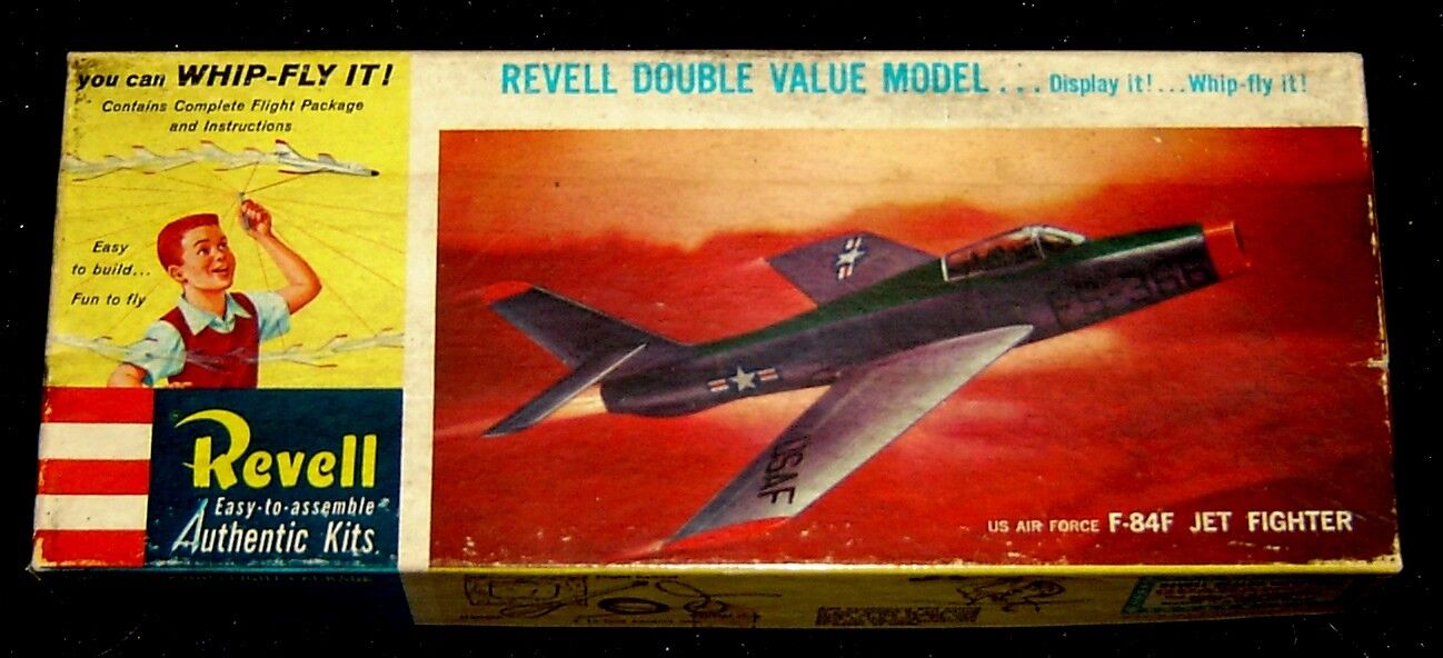 1960  RARE  Revell  U.S. Air Force F-84F   WHIP FLY  Fighter