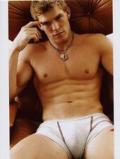 Alan Ritchson Shirtless 8x10 photo T8600