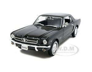 1964-1-2-FORD-MUSTANG-COUPE-HARD-TOP-BLACK-1-24-1-27-DIECAST-MODEL-WELLY-22451