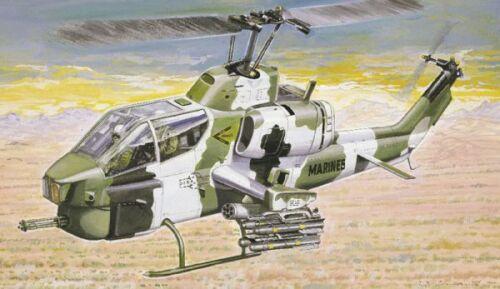 Italeri  1//72 AH1W Super Cobra Helicopter ITA160