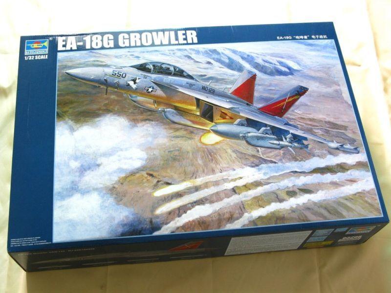03206 Warcraft Mount Palne 1 32 US EA-18G Howler Airplane Jet Model Trumpeter