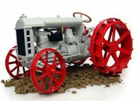 1:16 Ford Model F On Steel Tractor. Die Cast Replica. Adult Collectible