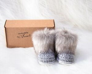 Baby boy booties, Crochet faux fur baby